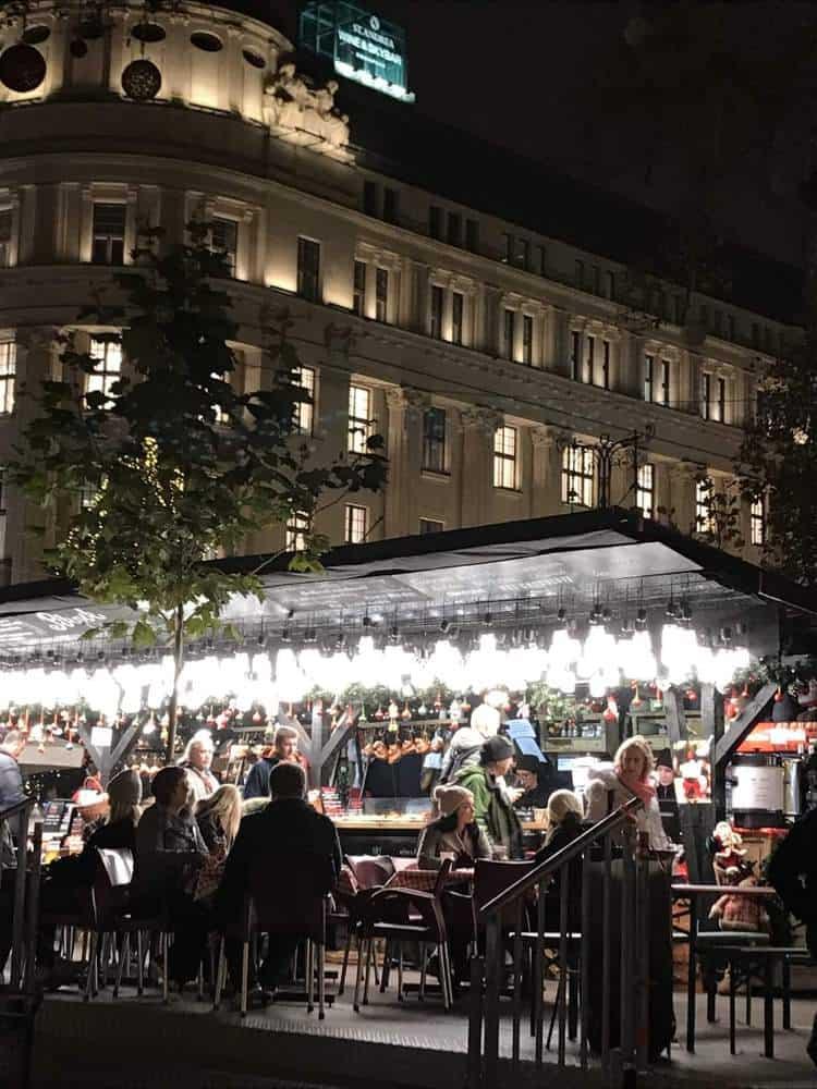 Vorosmarty Square Market