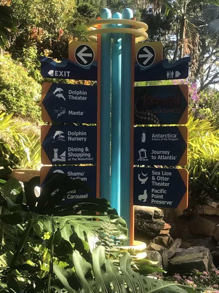 Seaworld Orlando Florida signage