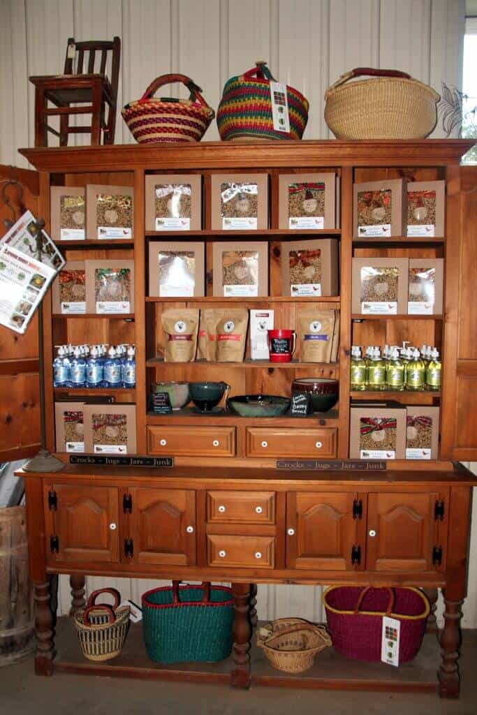 Great Country Farms Bluemont, Virginia market store