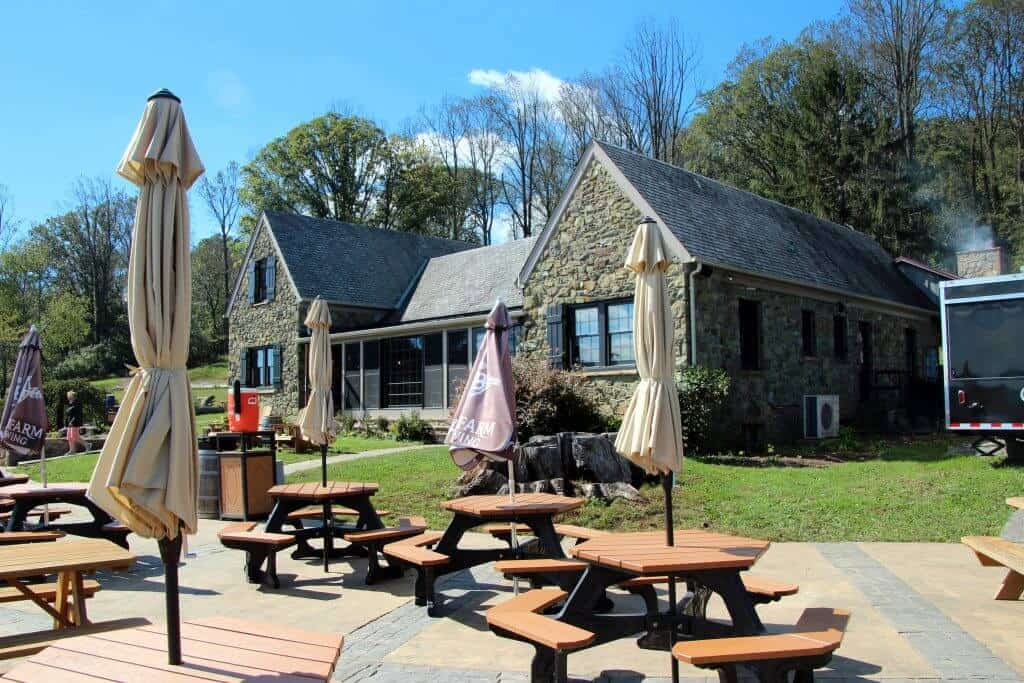 Dirt Farm Brewing | Blue Ridge Mountains | Old Hunting Lodge