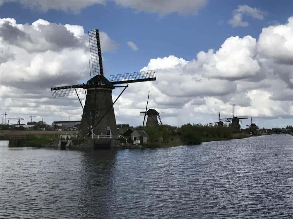 kinderdijk netherlands windmills